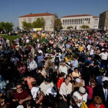 Thousands of CUA alumni, students, and faculty gathered on the campus to welcome Pope Benedict XVI on Wednesday, April 16, 2008.