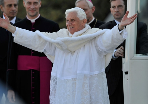 Pope Benedict XVI acknowledges the cheering crowd gathered on the Catholic University Mall on April 16, 2008.